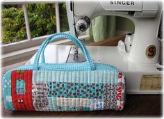 Mini Log Cabin Bag from Suzuko Koseki Patchwork Style by Charise *, via Flickr