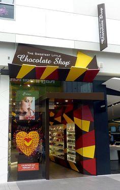 Безупречный интерьер магазина шоколада Little Chocolate Shop