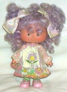 Strawberry Shortcake Brazil Fruit and Flower Dolls - Amorinha Perfeito (Little Pansy)