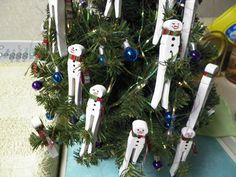 My little snowmen clothespins- not the spring type- good old fashioned flat ones with round heads