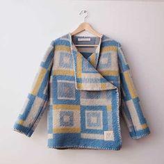Wintervachtjas, gemaakt van een oude Willem deken. Easy