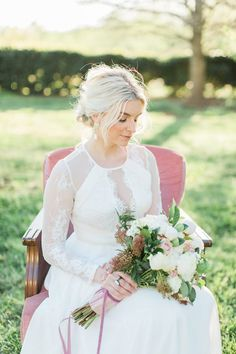 Gorgeous vintage style bride | DiPrima Photography | see more at http://fabyoubliss.com