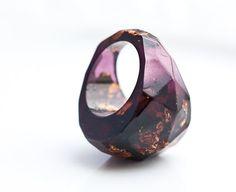 Deep Purple Resin Ring Dark Gold Copper Flakes Faceted Cocktail Ring OOAK plum geometric minimalist jewelry rusteam