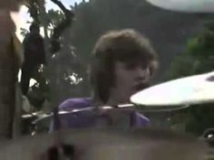 ▶ Blind Faith Can't Find My Way Home 1969 - YouTube. Vintage Winwood and Clapton. Nuff Ced.