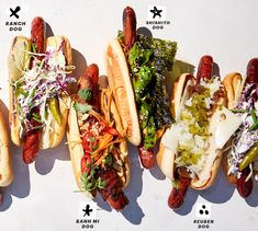 8 Creative New Hot Dog Toppings that Put Ketchup and Mustard to Shame - Bon Appétit Hot Dog Toppings, Gourmet Hot Dogs, Hot Dog Wagen, Chili Hotdogs, Dog Recipes, Cooking Recipes, Hotdog Sandwich, Ketchup, Burger Dogs