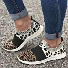 Leopard Flats 2021 Autumn Breathable Soft Women Trendy Sneakers 35-43 Large Size Female Running Walking Casual Shoes Motif Leopard, Leopard Flats, Lace Up Heels, Dress And Heels, Dress Boots, Dress With Sneakers, Slip On Sneakers, Shoes Sneakers, Converse All Star