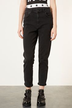 MOTO Black wash high waisted mom jeans #jeans #trousers #topshop