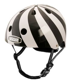 Nutcase Helmet Hypnotic ... love this black and white design