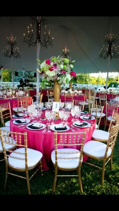 Pink and green table decorations!