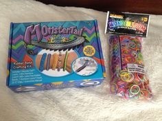 I love this monster loom Rainbow Loom Creations, Mini Monster, Loom Bands, Rubber Bands, Latex, Storage, Crafts, Ideas, Purse Storage