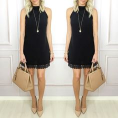 Um vestido clássico elegante e moderno basta mudar os acessórios e o calçado para obter um look diferente.  Peça disponível para compra no site http://www.flaviachristina.com.br.
