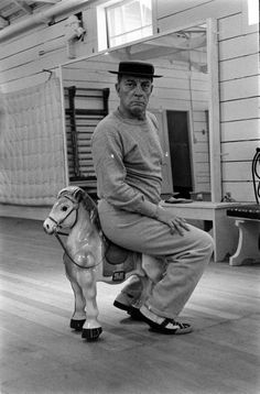 Buster Keaton, 1957 from my hometown Muskegon MI Silent Film Stars, Movie Stars, Buster Keaton, Donald O'connor, Film Movie, Movies, Portraits, Old Dogs, Interesting Faces