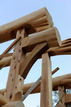 Combining square timber framing and round log beams for a fresh ...