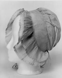 I made a copy of this and it is really pretty with gowns! - bonnet from 1751 to 1800