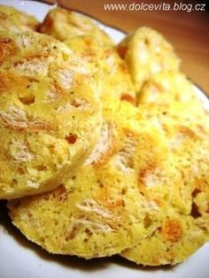 Not breaded roll dumplings from Czechia. Slovak Recipes, Czech Recipes, Ethnic Recipes, Bread Dumplings, Polish Recipes, Gnocchi, Cauliflower, Macaroni And Cheese, Side Dishes