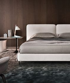 Double beds | Beds and bedroom furniture | Tatlin | Minotti. Check it out on Architonic