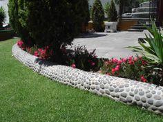 Pebble Mosaic Border