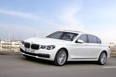 Автофория: BMW 7-серии 2016 года