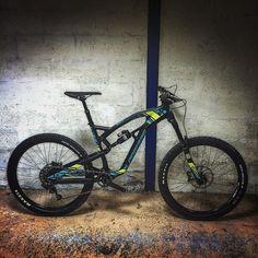 VTT LAPIERRE SPICY 527 (2016) PROMO -30% 3149 au lieu de 4499 www.velobrival.com #velobrival #lapierre #spicy #solde2016 #destockage #promo #vtt #mtb #velo #bike