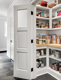 No longer a chilly back room, this humble space is now a hot kitchen-zone destination. Here's how to create one that works for you Here's how to select or build kitchen pantry shelving that works for you. Kitchen Pantry Design, Kitchen Pantry Cabinets, Interior Design Kitchen, Corner Kitchen Pantry, Kitchen Ideas, Pantry Ideas, Kitchen Organization, Organization Ideas, Corner Pantry Cabinet