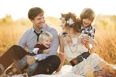 family of four family photo ideas | Family+Of+4+Pictures+Ideas | family of four// picture ideas | Picture ...