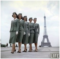 T.W.A. airline attendants in Paris, photo by Loomis Dean  for LIFE,