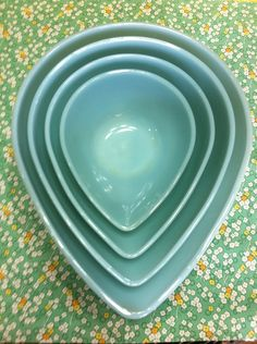 Gorgeous Turquoise Vintage Fire King (My dream! I have the smallest bowl so far.)