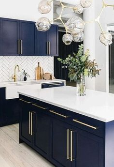 Uplifting Kitchen Remodeling Choosing Your New Kitchen Cabinets Ideas. Delightful Kitchen Remodeling Choosing Your New Kitchen Cabinets Ideas. Interior, Kitchen Remodel, Kitchen Decor, Interior Design Kitchen, New Kitchen, House Interior, Home Kitchens, Kitchen Renovation, Kitchen Design
