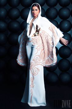 Nicolas Jebran - Couture - Spring-summer 2013 - http://en.flip-zone.com/fashion/couture-1/independant-designers/nicolas-jebran-3868