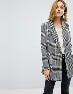 Find the best selection of Vero Moda Longline Check Blazer. Shop today with free delivery and returns (Ts&Cs apply) with ASOS! Asos, Street Looks, Street Style, Blazers, Checked Blazer, Plaid Fashion, Work Wardrobe, Long A Line, Fashion Online