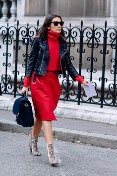 #LizCabral rocking red in Paris.