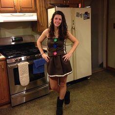 Gingerbread girl costume DIY