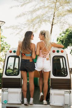 TIME FOR A ROAD TRIP! Grab your best friend and let's hit the road. Don't forget your favorite Albion swimsuit. We suggest our best-selling Clementine Game Changer Top or the Peachy Keen Switchback Crop Top! Pair with high waisted or hipster swim bottoms OR some casual, cute jean shorts. Be prepared for compliments, ladies. All at albionfit.com | @albionfit