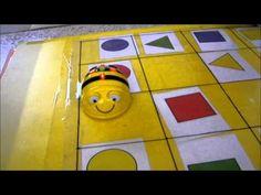 Mostra del bee-bot a l'Escola Carme Auguet (Girona)