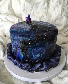bolo (Foto: Reprodução/Instagram/leonardoughs)