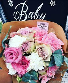 #virág #csokor #flower #rózsa #rose Making A Bouquet, Flowers, Vintage, Vintage Comics, Royal Icing Flowers, Flower, Florals, Floral, Blossoms