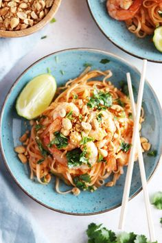 Igår kväll filmade jag när jag lagade min favoriträtt, pad t Best Dinner Recipes, Raw Food Recipes, Asian Recipes, Appetizer Recipes, Healthy Recipes, I Love Food, Good Food, Asian Kitchen, Kitchen Stories