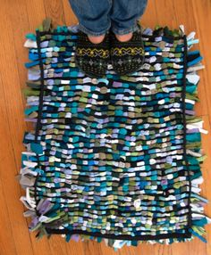 Make a rug from old t-shirts   http://www.hercampus.com/life/campus-life/15-easy-diy-projects-made-newbies