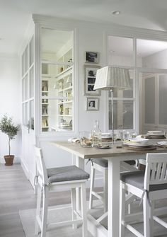 a white and elegant canopy serves as a separation between the small kitchen and the dining room by Dining Corner, Dining Area, Dining Room, Casa Decor 2016, Sweet Home, Interior Architecture, Interior Design, Interior Windows, Cuisines Design