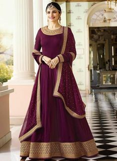 Bollywood diva prachi desai wine partywear anarkali suit online which is crafted from georgette fabric with exclusive embroidery and stone work. This stunning designer anarkali suit comes with santoon bottom, santoon inner and chiffon dupatta. Costumes Anarkali, Anarkali Dress, Lehenga Choli, Saree, Bridal Anarkali Suits, Sharara, Abaya Fashion, Indian Fashion, Fashion Dresses