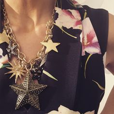 Stars & floral! Dina's outfit details from today are posted at yorkdale.com @dina.pugliese #YorkdaleStylesDina