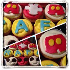 #mickey #cupcakes #quecos
