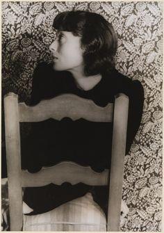 Luise Rainer, 1937 Photo by Carl van Vechten Museum of the City of New York