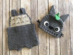 Excited to share the latest addition to my shop: Newborn Totoro Outfit Crochet Halloween Costume, Crochet Baby Costumes, Diy Baby Costumes, Crochet Baby Clothes, Baby Halloween Costumes, Crochet Toys, Totoro Hat, Crochet Totoro, Pikachu Hat