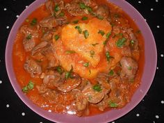 Tocanita de pipote si inimi Curry, Ethnic Recipes, Food, Meal, Essen, Hoods, Curries, Meals, Eten