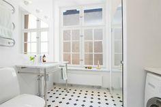 Lyxigt arkitektritat badrum !!!!!!!!!!!!!!!!!!!!