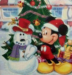Mickey and a Snowman Disney Merry Christmas, Disney Christmas Decorations, Mickey Mouse Christmas, Christmas Cartoons, Mickey Mouse And Friends, Mickey Minnie Mouse, Christmas Art, Disney Mickey, Walt Disney