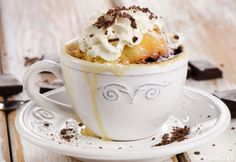 Karamelový muffin z mikrovlnky Yummy Snacks, Delicious Desserts, Party Desserts, Dessert Recipes, Cooking Tips, Cooking Recipes, Microwave Recipes, Microwave Food, Mug Recipes