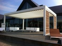 Camargue terrace covering by Decoranda - www.renson-outdoor.com