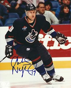 Markus Naslund Canucks Photo Hockey Games 8d4fcd613
